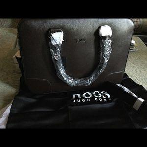 New/Men's HUGO BOSS Saffiano-Leather Case.